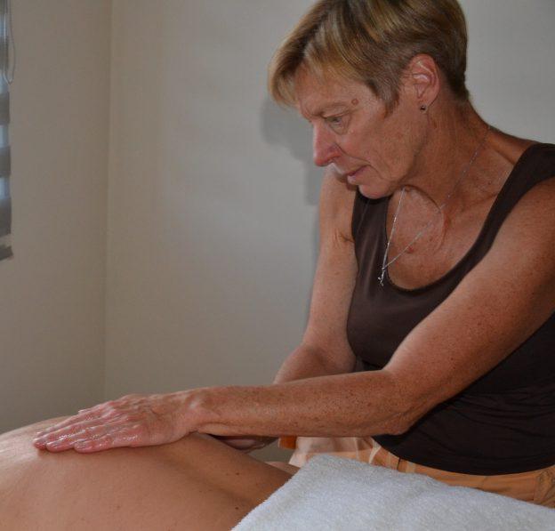 praticien en massage bien etre poitou charentes charente.